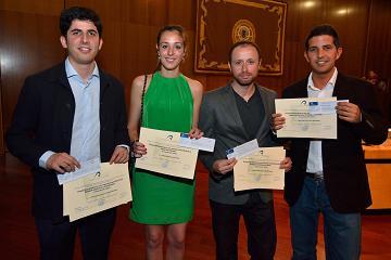 premios_fin_de_titulo_11062013
